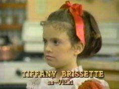 Por onde anda… a Super Vicky? 80s Kids, Kids Tv, Small Wonder Tv Show, Nostalgia 70s, Opening Credits, Retro Videos, Saturday Morning Cartoons, Classic Tv, Theme Song