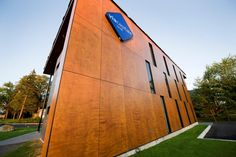Project: Via capitale Location: Sherbrooke, QC Product: Parklex