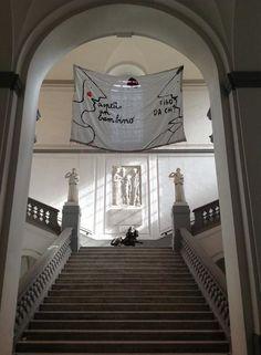 La mostra Amori Sgualciti in giro nei luoghi simbolo della cultura napoletana. #iocistolibreria #lalibreriaditutti #RAP #amorisgualciti #amorisfigati #napoli www.iocistolibreria.it