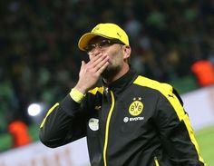 Bild zu Jürgen Klopp nimmt Abschied von Borussia Dortmund und muss ohne DFB-Pokal gehen.