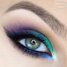 Stunning look by I love the combo of colors! She used Makeup Geek Foiled Eyeshadows in Houdini and Caitlin Rose. Stunning look by KatOsu. I love the combo of colors! She used Makeup Geek Foiled Eyeshadows in Houdini and Caitlin Rose. Sexy Eye Makeup, Dramatic Eye Makeup, Dramatic Eyes, Makeup Geek, Makeup Inspo, Makeup Inspiration, Makeup Tips, Makeup Ideas, Makeup Remover