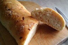 Příprava receptu Křupavé cibulové bagety, krok 2 Hot Dog Buns, Hot Dogs, Scones, Bread, Food, Brot, Essen, Baking, Meals