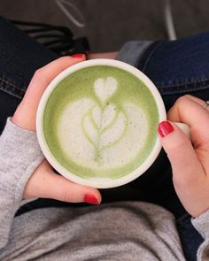 Leaves café is one of the only all-vegan espresso bar in Montreal. Try the matcha latte with almond milk, it is the perfect blend! Indie Cafe, Vegan Cafe, Espresso Bar, Latte Art, Matcha, Coffee Shop, Clock, Coffee Shops, Watch