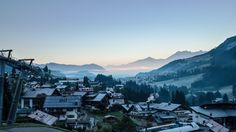Cold in the morning but sunny durnig days - it's the best time for a hiking trip in fall. Alpine Village, Hiking, Cold, Mountains, Nature, Blue, Travel, Walks, Naturaleza