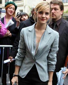 """2,611 Me gusta, 6 comentarios - Emma Watson (@queenemwatson) en Instagram: """" #emmawatson @emmawatson"""""""