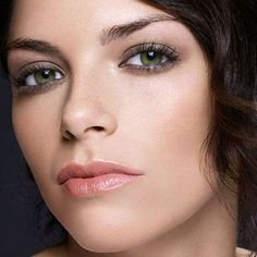 How To Smoky Brown Eye with makeup tips by Achelle Dunaway for FamilyCircle Magazine