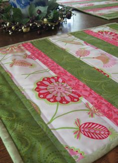 Quilted placemats set of 4 green white and by WarmandCozyQuilts