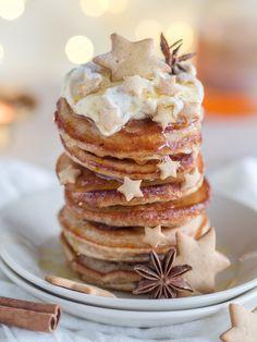 Siirappisen Ihanat Piparkakkupannukakut (Ve) I Love Food, Good Food, Yummy Food, Tasty, Just Eat It, Desert Recipes, Christmas Baking, Yummy Cakes, Baking Recipes