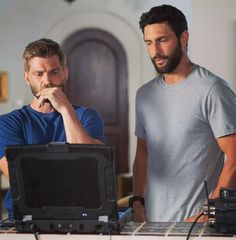 Mike Vogel & Noah Mills