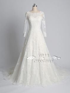 Tulle & Chantilly customized A-line bateau neck lace wedding dress with long sleeves #tulleandchantilly #laceweddingdresses