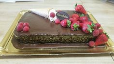 Sims Cake Shop: Bolo de aniversário de chocolate