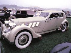 1933 Cord L-29 4-Door Aero Sedan Cream