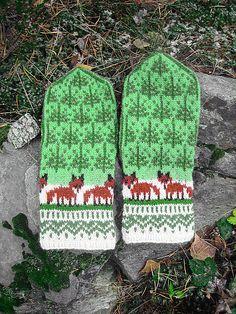 Ravelry: Winter Foxes by Natalia Moreva