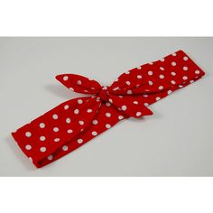 Rockabilly Head Scarf Hair Band Red White Polka Dots 1940s 1950s (65 HRK) ❤ liked on Polyvore featuring accessories, hair accessories, white head scarf, knotted headband, red headband, tying head scarves and head wrap scarves