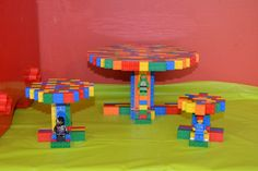 Lego cupcake and cake stands made 100% out of Legos!