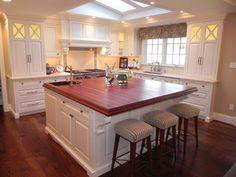 Kitchen Island.JPG - kitchen islands and kitchen carts - by Cabinets by Graber