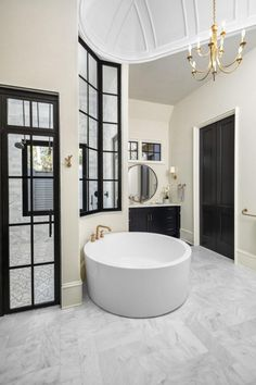 UNSURPASSED ELEGANCE | Coastal Shower Doors