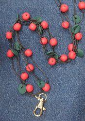 Puolukka avainkoru -  Lingonberry key necklace