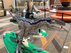 Jurassic World dinosaurs crafted of LEGO bricks Lego Jurassic Park, Lego Jurassic World Dinosaurs, Lego Design, Lego Pokemon, Jurrassic Park, Big Lego, Lego Display, Lego Sculptures, Lego Pictures
