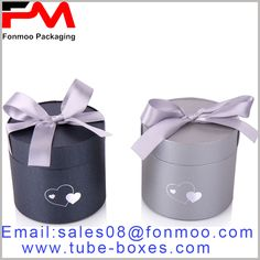 Black or silver cardboard tube gift boxes wholesale, silver gift knot tied to the lid Round Gift Boxes, Gift Boxes With Lids, Box With Lid, Gift Box Packaging, Custom Packaging, Packaging Design, Gift Boxes Wholesale, Box Manufacturers, Packing Boxes