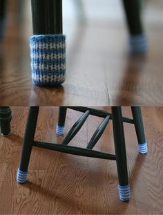 why I never thought of doing this....genius!  Vor einigen Jahren gab es mal bei Ikea sehr lustige Füße zu kaufen, aber dies ist auf jeden Fall eine tolle Alternative, wenn ihr schönes Parkett habt!