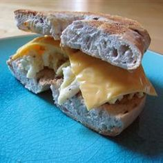 Blueberry Egg and Cheese Bagel - featured on Food2Fork.  #food2fork #bagel #breakfast