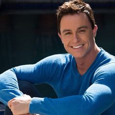 Ryan Kelley is so beautiful I could cry