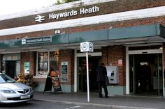 Haywards Heath Railway Station (HHE) in Haywards Heath, West Sussex