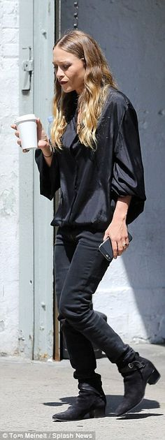 Seeing double:Mary-Kate and Ashley Olsen spotted leaving INDUSTRIA studio in in NYC's Wes...