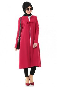 """Zernişan Bağcık Bağlamalı Giy-Çık-Kırmızı 4678-34 Sitemize """"Zernişan Bağcık Bağlamalı Giy-Çık-Kırmızı 4678-34"""" tesettür elbise eklenmiştir. https://www.yenitesetturmodelleri.com/yeni-tesettur-modelleri-zernisan-bagcik-baglamali-giy-cik-kirmizi-4678-34/"""