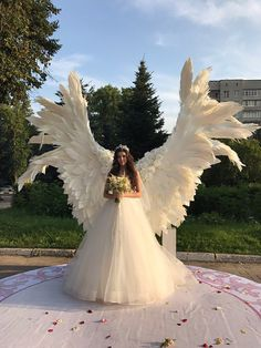 Giant angel wings - background at the wedding ceremony - Giant angel wings white – background at the wedding ceremony, party, outdoor wedding decoration, w - Wedding Ceremony Ideas, Outdoor Wedding Decorations, Wedding Stage, Wedding Venues, Wedding Photos, Dream Wedding, Wedding Day, Party Outdoor, Wedding Ceremonies