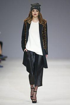 Katerina Kvit Ukraine Fall 2016 Fashion Show