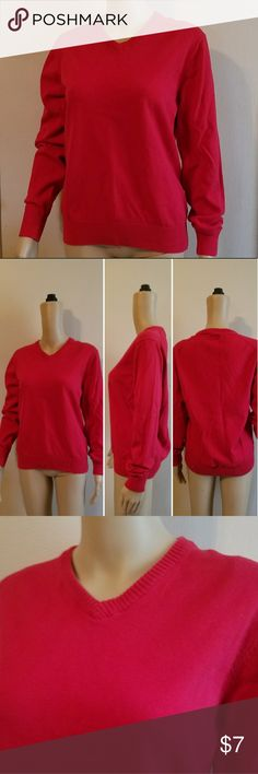 JCP 100% Combed Cotton Red Sweater CONDITION: EUC SIZE SMALL~Red JCP Brand 100% Combed Cotton Lightweight Sweater.  Item#EUC ~25% OFF BUNDLES OF 3 OR MORE ITEMS~ GOT A BIGGER BUNDLE?  MESSAGE ME FOR A GREAT DEAL! **REASONABLE OFFERS ACCEPTED!** ALL ITEMS CHECKED FOR DAMAGE! IF ANY ITEM IS DAMAGED, IT WILL BE SHOWN AND NOTED. *BUY WITH CONFIDENCE~TOP 10% SELLER, 5 STAR RATING, FREE GIFT w/MOST ORDERS!* jcpenney Sweaters V-Necks