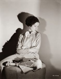 Vintage Glamour Girls: Elsa Lanchester