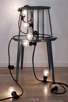 Billedresultat for house doctor lyskæde Light Bulb Fairy Lights, Black Light Bulbs, String Lights, Ceiling Lights, Light Chain, House Doctor, Home Decor Inspiration, Table Lamp, Lighting