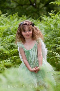 Gorgeous green fairy photoshoot