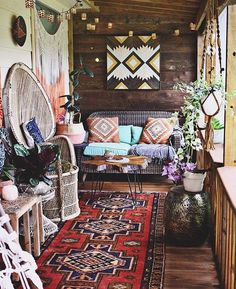 Obsessed  Check out @bohemiancollective and #thebohoporchmakeover! #repost…