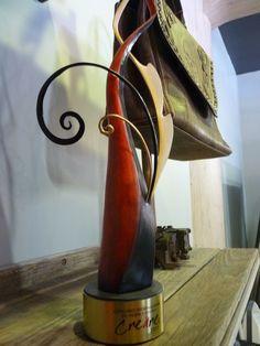 La bolsa Camposanto, ganadora del Concurso internacional de moda y diseño Creáre 2011