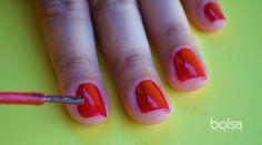 Como pintar as unhas sem borrar: truque simples com vaselina - Bolsa de Mulher Diy Beauty, Fashion Beauty, Beauty Hacks, Manicure E Pedicure, Perfect Nails, Nail Designs, Nail Art, Makeup, How To Make