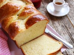 Nutella, Croissant, Biscotti, Cornbread, Banana Bread, Latte, Food And Drink, Breakfast, Cakes