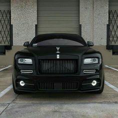 Super luxury cars rolls royce matte black Ideas Extra auto offers efficiency, there is Auto Rolls Royce, Voiture Rolls Royce, Rolls Royce Black, Rolls Royce Wraith Black, Luxury Sports Cars, Sport Cars, Bmw Sport, Camaro Ss, Corvette