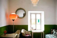 HALF PAINTED WALL DECOR IDEAS   http://ghar360.com/blogs/interior/15-half-painted-wall-decor-ideas