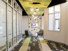 Designers used Ditto as a wall to ceiling feature in this corporate lobby. Varia Ecoresin: Moss, Pewter, Titanium, Vapor, White Out Green Accents, Commercial Design, Textured Walls, Islamic Art, To Go, Ceiling, Flooring, Studio, Architecture