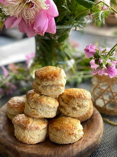 Garden Parties, Scones, Afternoon Tea, Muffin, Food And Drink, Gluten, Favorite Recipes, Yummy Food, Sweets