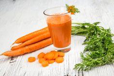 Os benefícios da cenoura vão muito além de um bronzeado.Saiba mais sobre esse alimento e confira opções de suco de cenoura para desfrutar de suas vantagens.