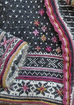Ravelry Ravelry: Fritt etter Setesdal pattern by Sidsel J. Fair Isle Knitting Patterns, Fair Isle Pattern, Knitting Designs, Knitting Projects, Crochet Patterns, Baby Knitting, Crochet Baby, Knit Crochet, Ravelry Crochet