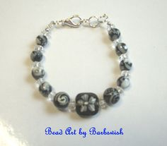 Black and White Hand Beaded Fashion Bracelet for by Barbswish