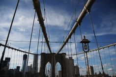 Neogotyckie przęsła Mostu Brooklińskiego  Most Brookliński, Nowy Jork, USA