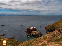Things to do in Peniche – discover Berlengas and admire the Fort of São João Baptista.  #portugal #peniche #berlengas #fort