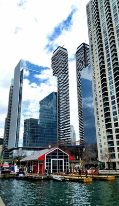 Harbourfront (Toronto, Ontario) by Michelle Chiaverotti / 500px